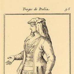 Outfit of the women from Gaeta